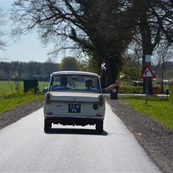 Daf rijden in hartje Drenthe. Gezellig uitje voor jong en oud.