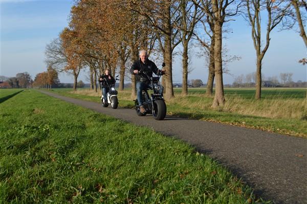 E shopper huren en rijden Drenthe 34 - Het Drents Kwartiertje - Solex Huren / Rijden - Dafje Huren / Rijden - Groepsactiviteiten, workshops, teambuilding en trainingen Drenthe