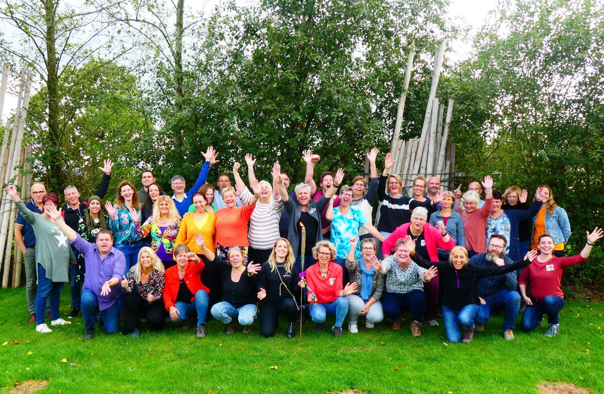 Teamdag Drenthe Groningen friesland scaled e1613402511790 - Het Drents Kwartiertje - Solex Huren / Rijden - Dafje Huren / Rijden - Groepsactiviteiten, workshops, teambuilding en trainingen Drenthe