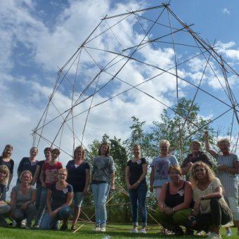 bamboestieken 5 - Het Drents Kwartiertje - Solex Huren / Rijden - Dafje Huren / Rijden - Groepsactiviteiten, workshops, teambuilding en trainingen Drenthe