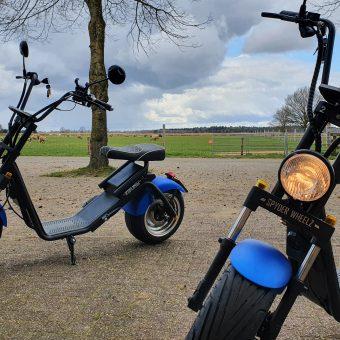 e chopper Drenthe groepsuitje 16 - Het Drents Kwartiertje - Solex Huren / Rijden - Dafje Huren / Rijden - Groepsactiviteiten, workshops, teambuilding en trainingen Drenthe