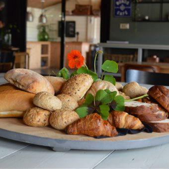 Heerlijke lunch bereid met verse en lokale producten tijdens jullie dagje uit in Drenthe.