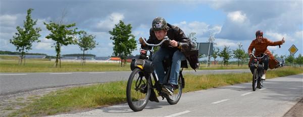 solex toertocht 39 - Het Drents Kwartiertje - Solex Huren / Rijden - Dafje Huren / Rijden - Groepsactiviteiten, workshops, teambuilding en trainingen Drenthe