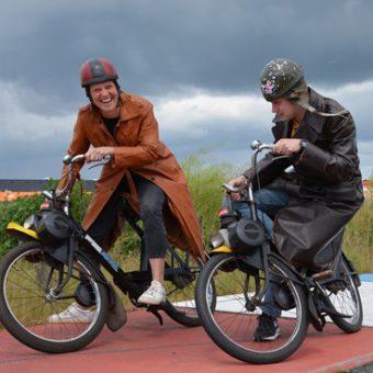 Op pad met de solex door Drenthe en een bezoek brengen aan het TT circuit Assen.