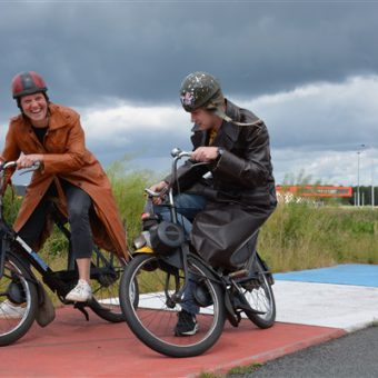 solex uitje coronaproof - Het Drents Kwartiertje - Solex Huren / Rijden - Dafje Huren / Rijden - Groepsactiviteiten, workshops, teambuilding en trainingen Drenthe