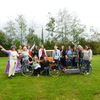 vrijgezellenfeest Drenthe 17 - Het Drents Kwartiertje - Solex Huren / Rijden - Dafje Huren / Rijden - Groepsactiviteiten, workshops, teambuilding en trainingen Drenthe